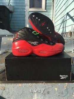 BELOW RETAIL Christmas Sleigh Reebok Question Sz 12 Bred Black Red Gift G57551