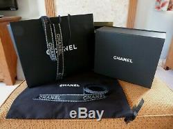 CHANEL MAGNETIC BOX 2019 XMAS GIFT BOX SET inc BLACK PATTERN RIBBONS & CAMELLIA