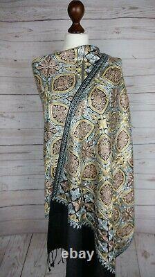 Kashmiri Shawl, Pashmina, Fine Embroidery, Perfect Winter Gift, Elegant Stole